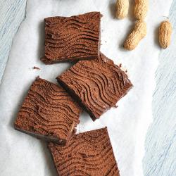Thumbnail image for Yerfıstığı Ezmeli Çikolatalı Dilimler