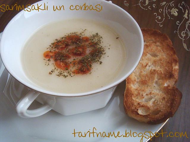 Post image for Sarımsaklı Un Çorbası