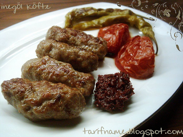 Post image for İnegöl Köfte