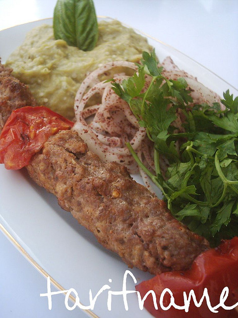Post image for Domatesli Kebap