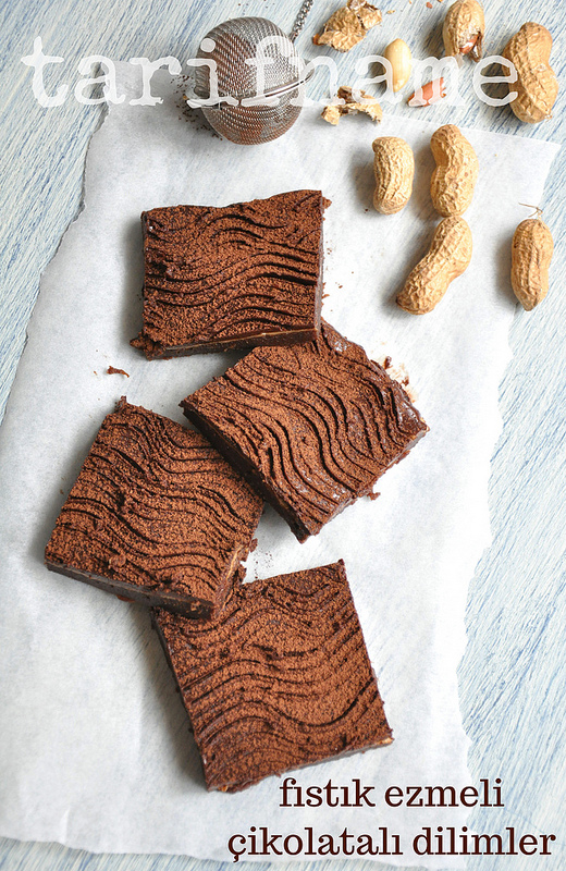 Post image for Yerfıstığı Ezmeli Çikolatalı Dilimler